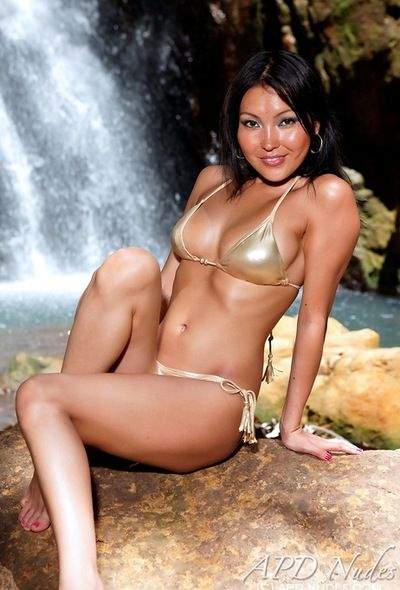 Shiny gold bikini is astoundingly sexy on the beautiful Asian Li Mei