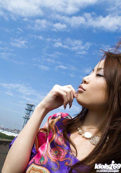 caldo Culo Asiatico teen Risa Kasumi esporre Il suo Splendida Tette e tagliato figa