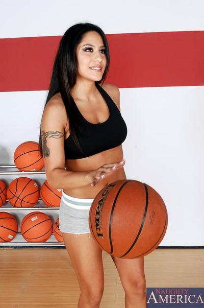 Lusty Jenaveve Jolie poses half naked with balls and gets diddled by the coach.
