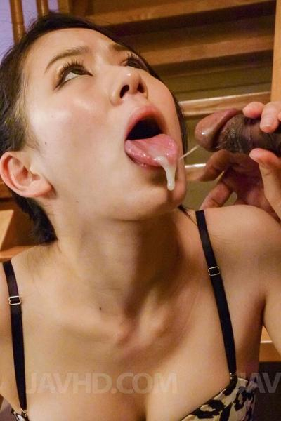 Cute babe Kei Akanishi posed in sexy lingerie and got surrounded by four dicks and tightly sucked them all
