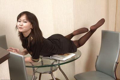 Азии Любительское шлюха Алекса показывает Все что мужчины Хочу в см.