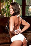 Juvenile babe enjoys posing her nude forms in a staggering solo session