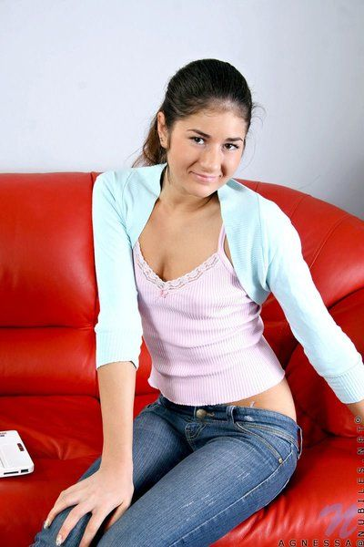 Brunette teen Agnessa Nubiles strips off her tight-fisted jeans with an increment of panties then shows her Heraldry..